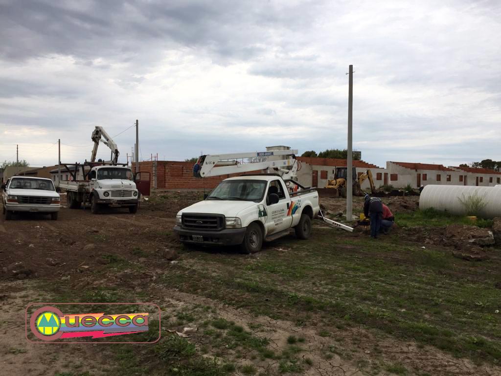 CUECCA TRABAJA EN LA FINALIZACION DE LOS SERVICIOS DE AGUA Y ELECTRICIDAD EN EL BARRIO FAVALORO